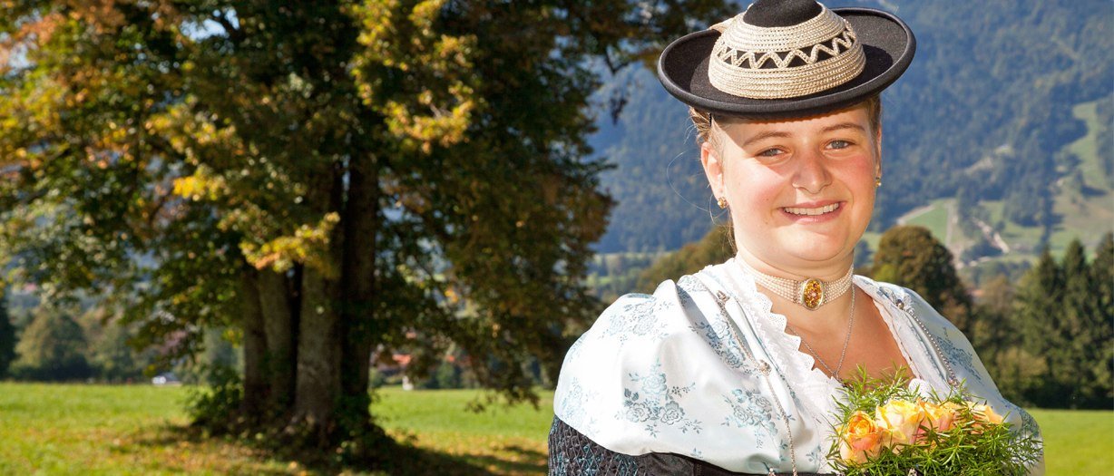 Agnes in Tracht, © Tourismus Lenggries, Foto Adrian Greiter